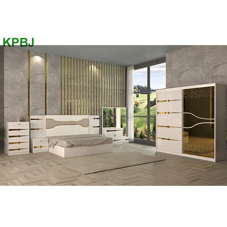 Home Furniture High Glossy Wooden Bedroom Furniture Set Modern Italian Bedroom Sets