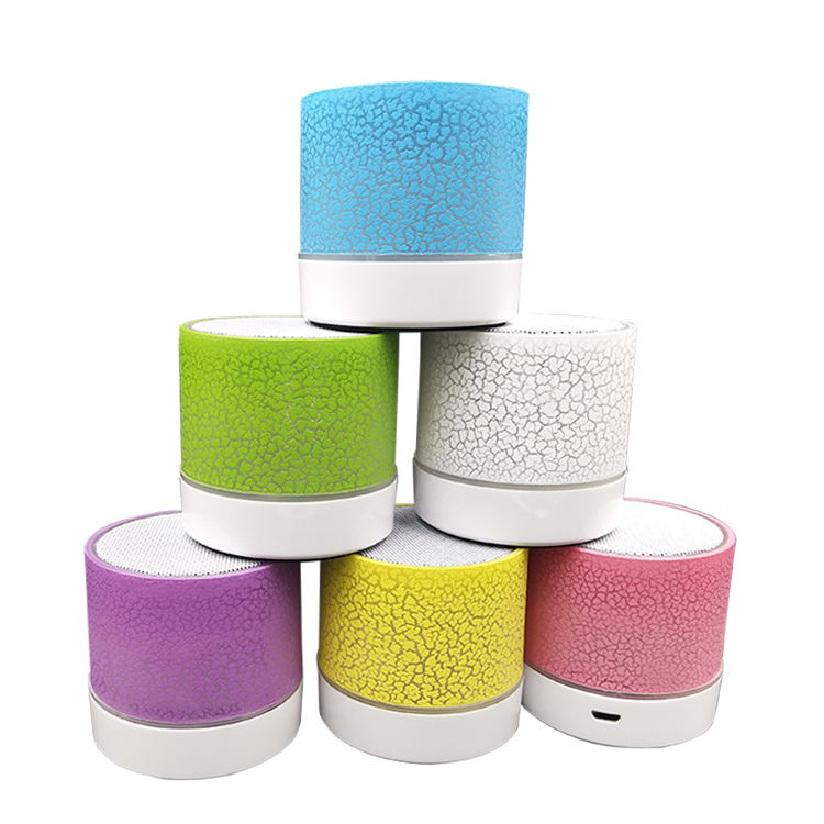 New Business Creative Gadget Small Handset Usb Charging Port Wireless Speaker