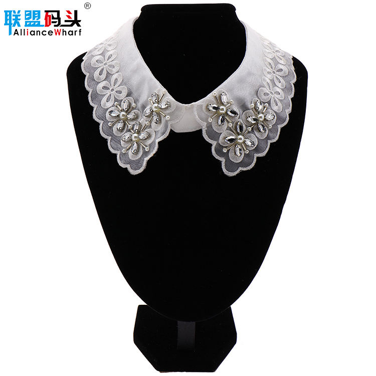 Wholesale Price Pearl Rhinestone Flower Pattern New Style Fashion Beaded Fake Shirt Collar
