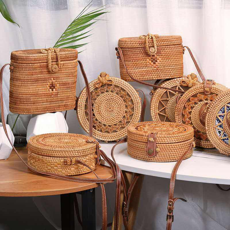 Woven Rattan Bag Round Straw Shoulder Small Beach Handbags Women Summer Hollow Handmade Messenger Crossbody Bags