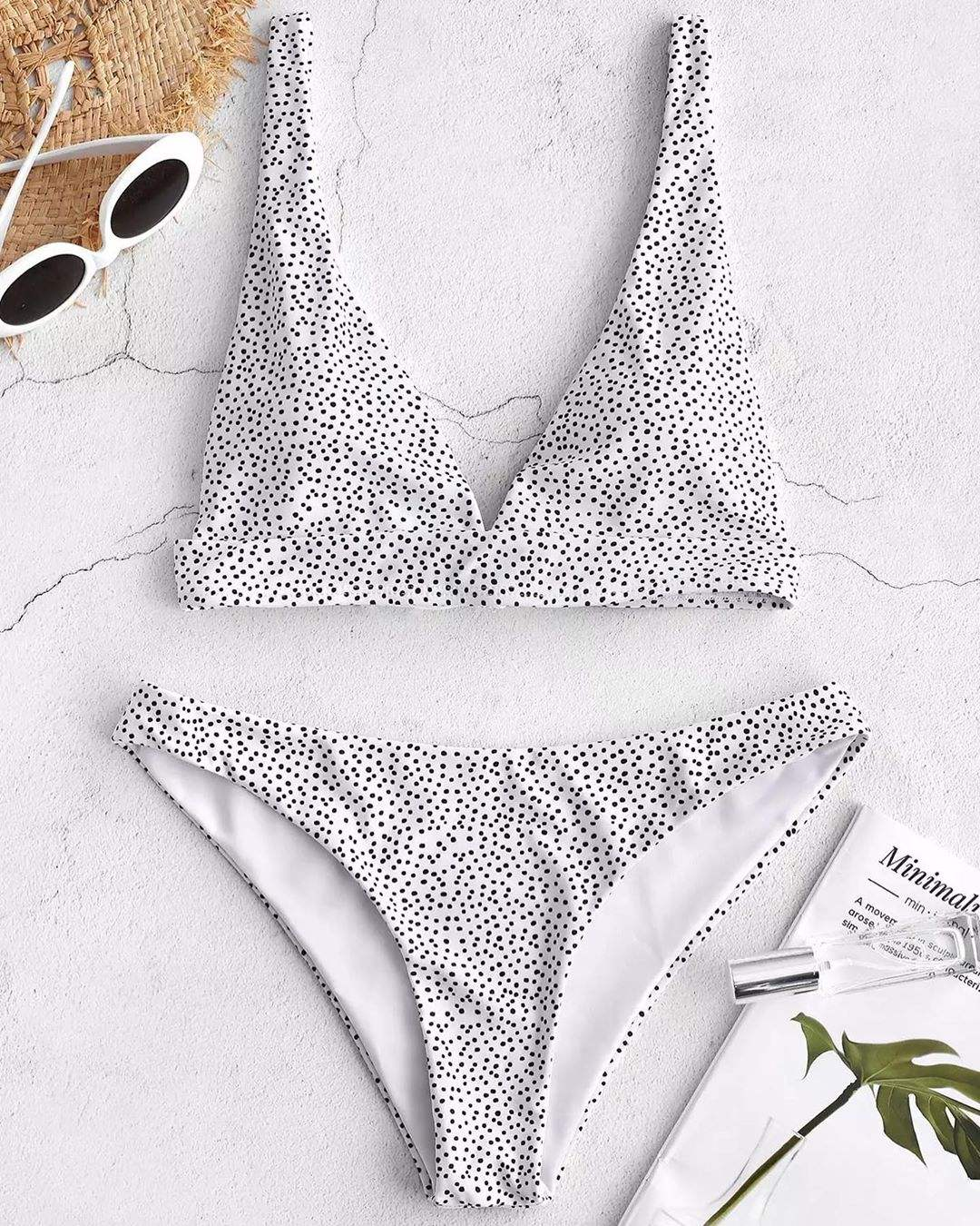 Breathable New Style Dot Bikini Hot Girls Sexy BlackとWhite Low Waist Micro Mini Swimwear 2020