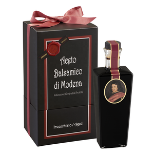 High quality aged more than 3 years balsamic vinegar of Modena