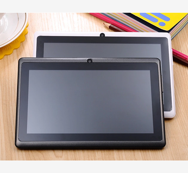 Shenzhen Oem Goedkope Tablet 7 Inch Quad Core Android 4.4 A33 Super Smart Pad Q88