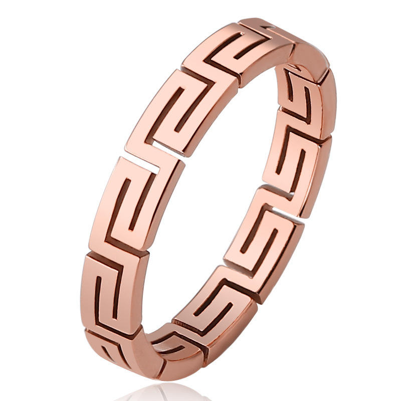 Fashion Creative Titanium Steel Hollow Great Wall Pattern Rings Stainless Steel Initial Letters Ring Factory Wholesale