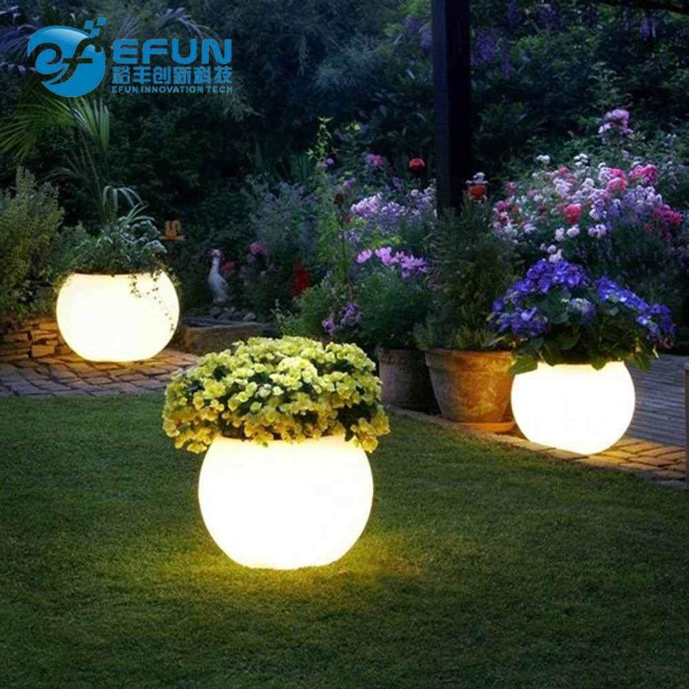 beautiful plastic outdoor/indoor led light planter pot,decorating garden led flower pot