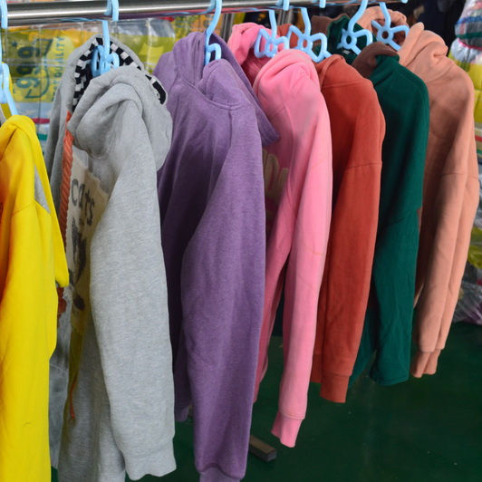 Factory price easy clean used clothing in italy