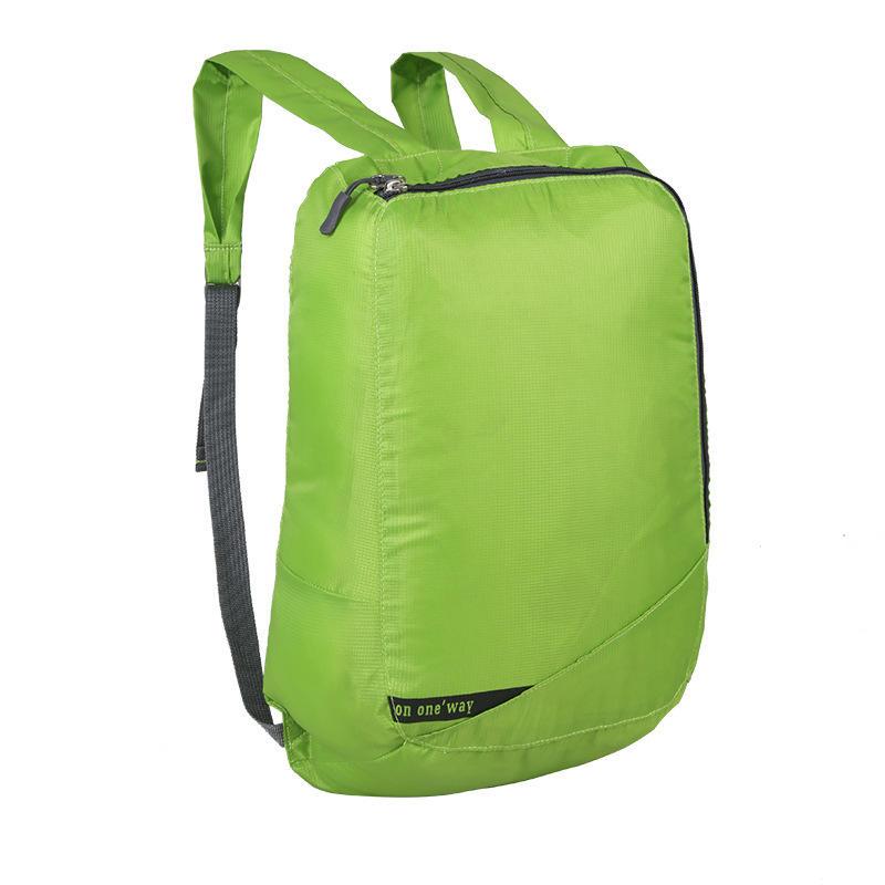 Randonnée en plein air et le camping de montagne imperméable ripstop polyester sac à dos pliable léger