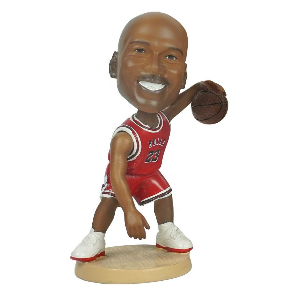 Wholesale polyresin famous nba superstar baller Michael Jordan action figure car dashboard bobble head for souvenir