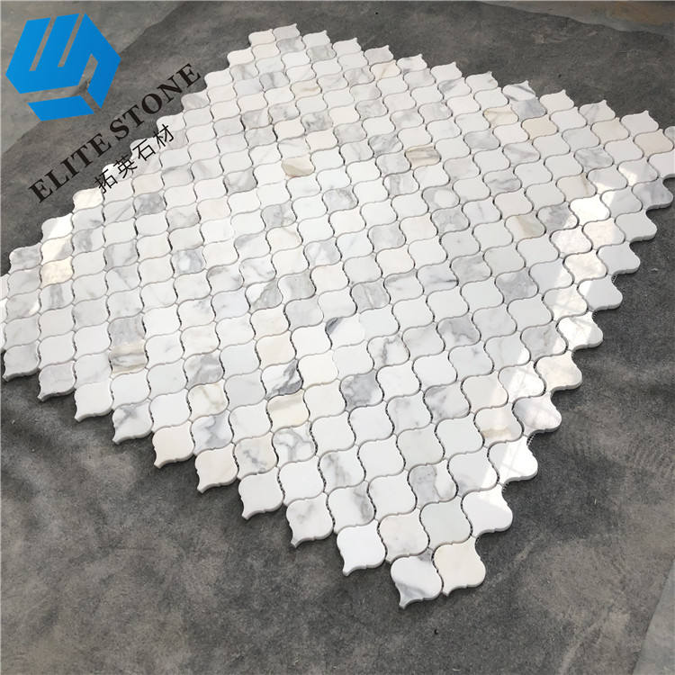 Arabesuqe Calacatta gold marble mosaic lantern shape stone tile mesh for feature wall design