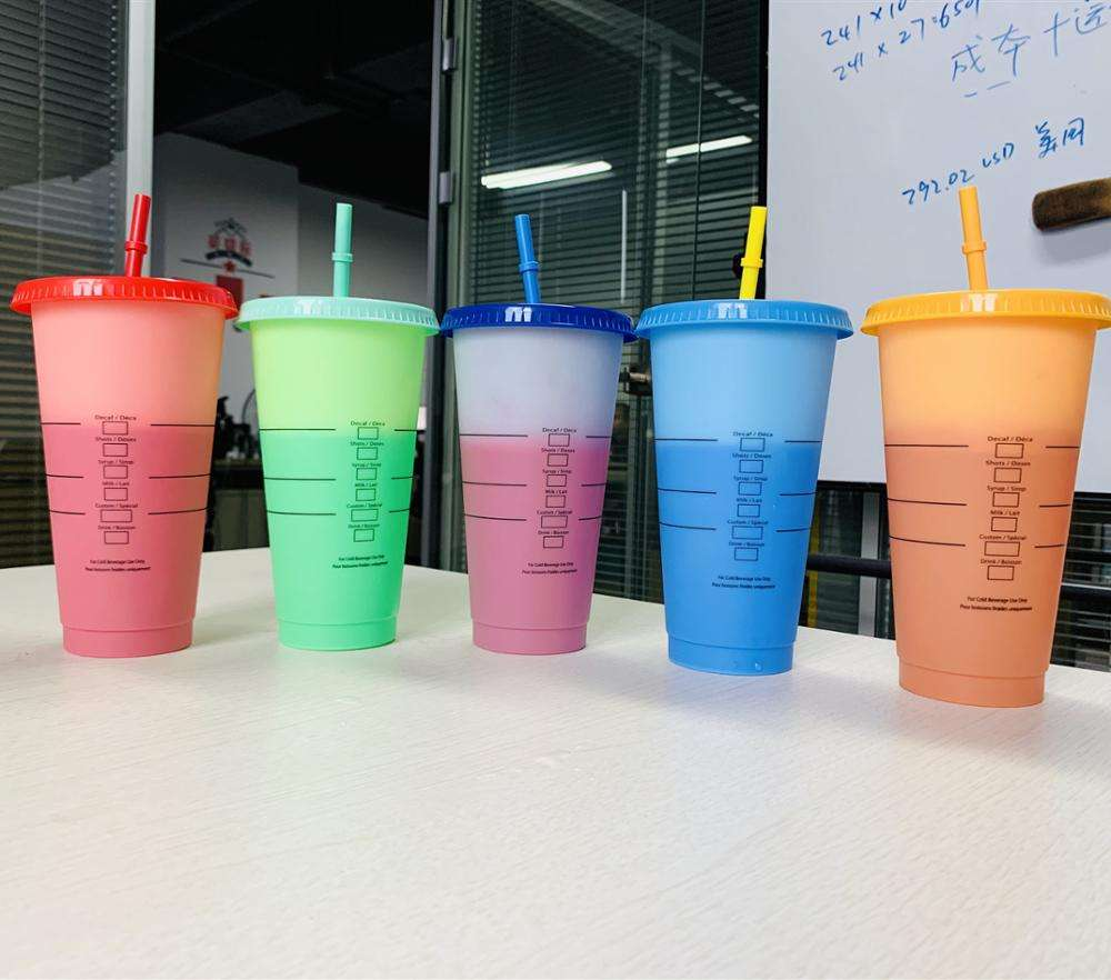 ECO-Friendlly BPA-free Color changing reusable 720ml 700ml 500ml 16oz 24oz Ice Plastic tumbler With straw and lid
