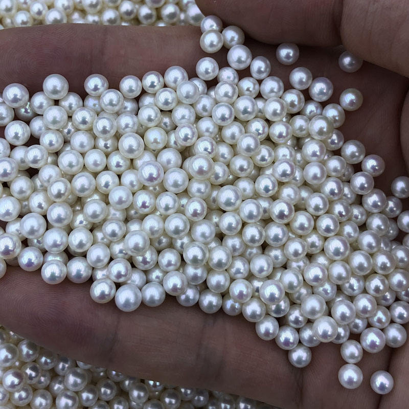 wholesale freshwater akoya pearls,3.5-4mm,high luster,round shape,blemish free surface