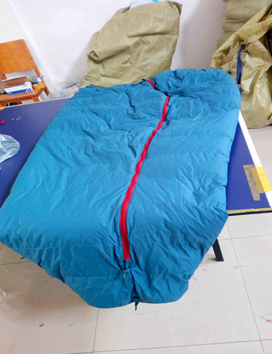 20D Nylon Fabric Blue Color Camping Down Sleeping Bag -25C Degree Down Camping Sleeping Bag