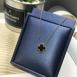 Xunbei Newest best selling stainless steel jewelry lucky four leaf clover necklace