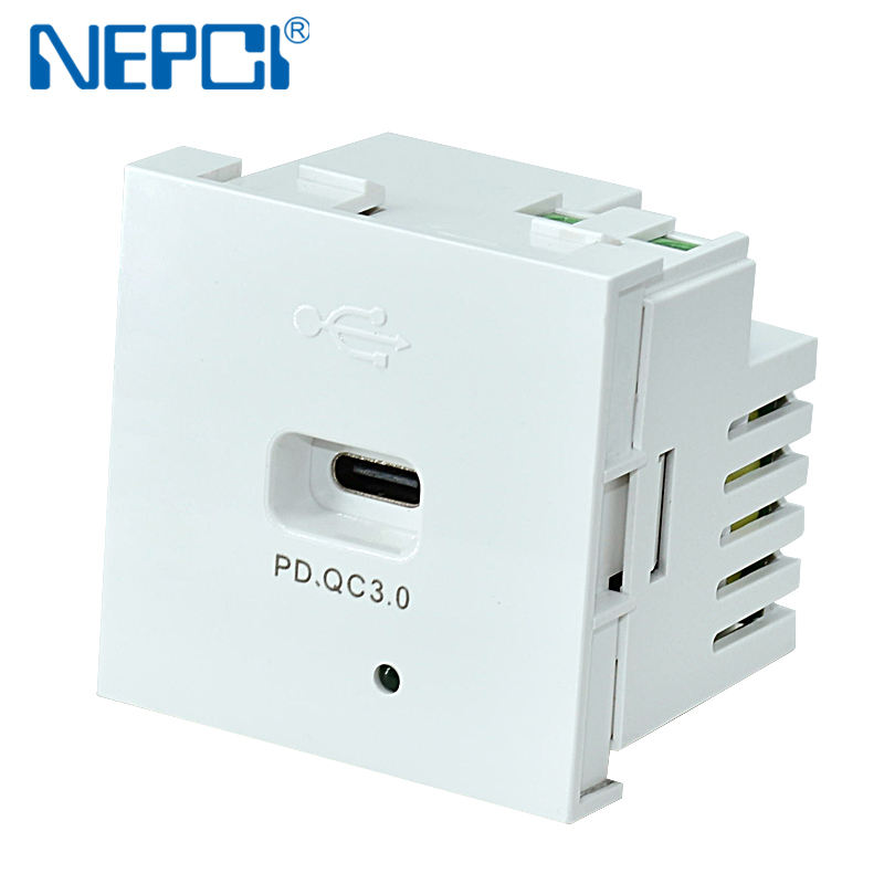 Cargador USB rápido PD, enchufe de pared de 45x45mm, tipo C, XJY-USB-17I-PD, fabricante de calidad de marca china