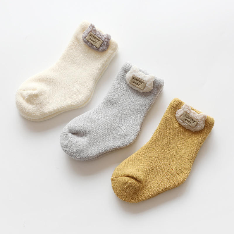 Wholesale New Design Cartoon Fuzzy Newborn Socks Cute 3D Terry Thermal Infant Baby Socks Gift Set Winter