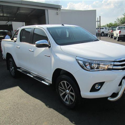 USED 2018 HILUX TRUCK DOUBLE CABIN GOOD PRICE LEFT AND RIGHT HAND DRIVE