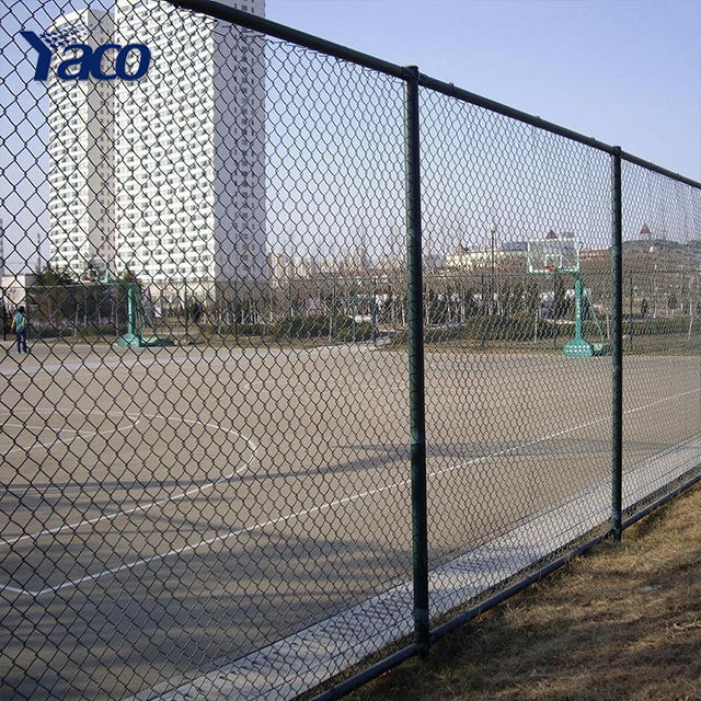 9 gauge galvanized cyclone steel wire chain link fence prices / 6ft 8ft 2x2 black PVC coated chain link fence for church garden