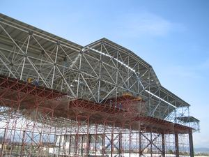 Low Cost And Easy to Install Aircraft Hangar roof building steel structure space truss