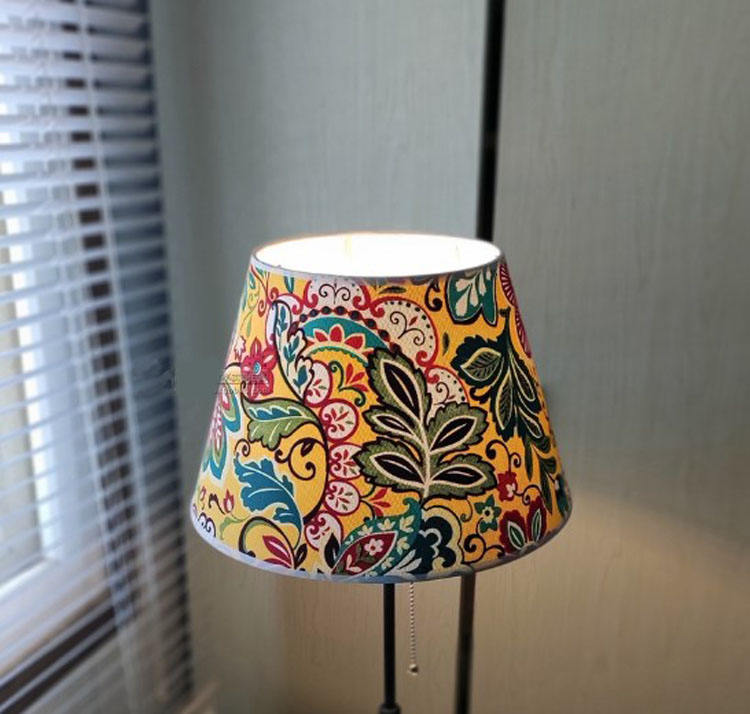 Wholesales China Lighting Factory diameter 22cm Print Fabric Lampshades For Large Table Lamps Lampshades On Stock