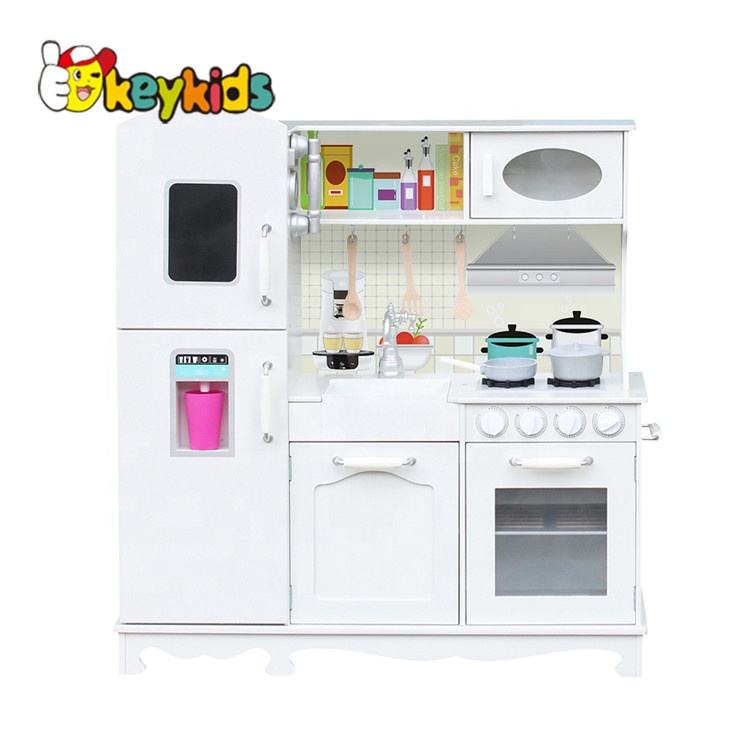 Low MOQ pretend play white wooden large toy kitchen for children W10C409