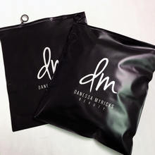 Fashioned Black Color Garment Zipper Bag Custom Packaging Bag For Hoodies Zip Lock Bag With Logo For Clothing