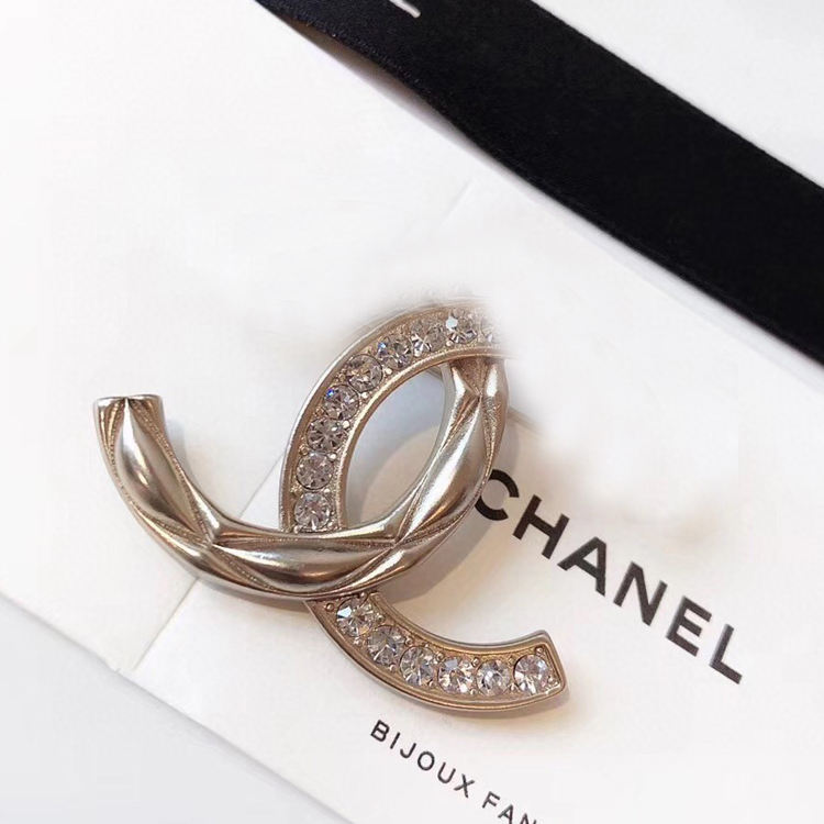 2019 Elegant Luxury High Level l Women Brooch With Zircon Crystal Pin New Arrival High Quality