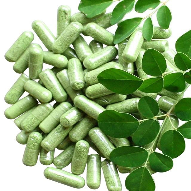 Moringa powder capsules for healthy life