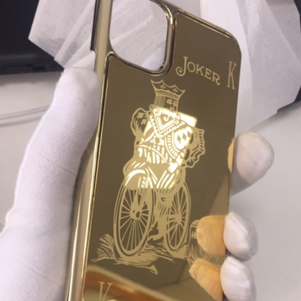 Luxury 24k Gold protective cover case for iPhone 11/ iPhone 11 Pro Max Customized Design iPhone Golden Case