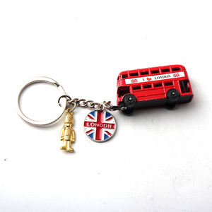 Custom Wholesale Car Shape London Fashion Personalization Metal Souvenir Keychain
