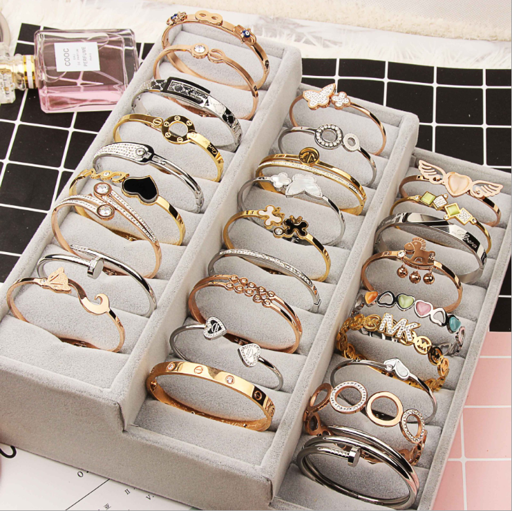 Fashion Titanium Steel bangle Wholesale Stainless Steel Anti Allergy Charm Cuff Bracelet