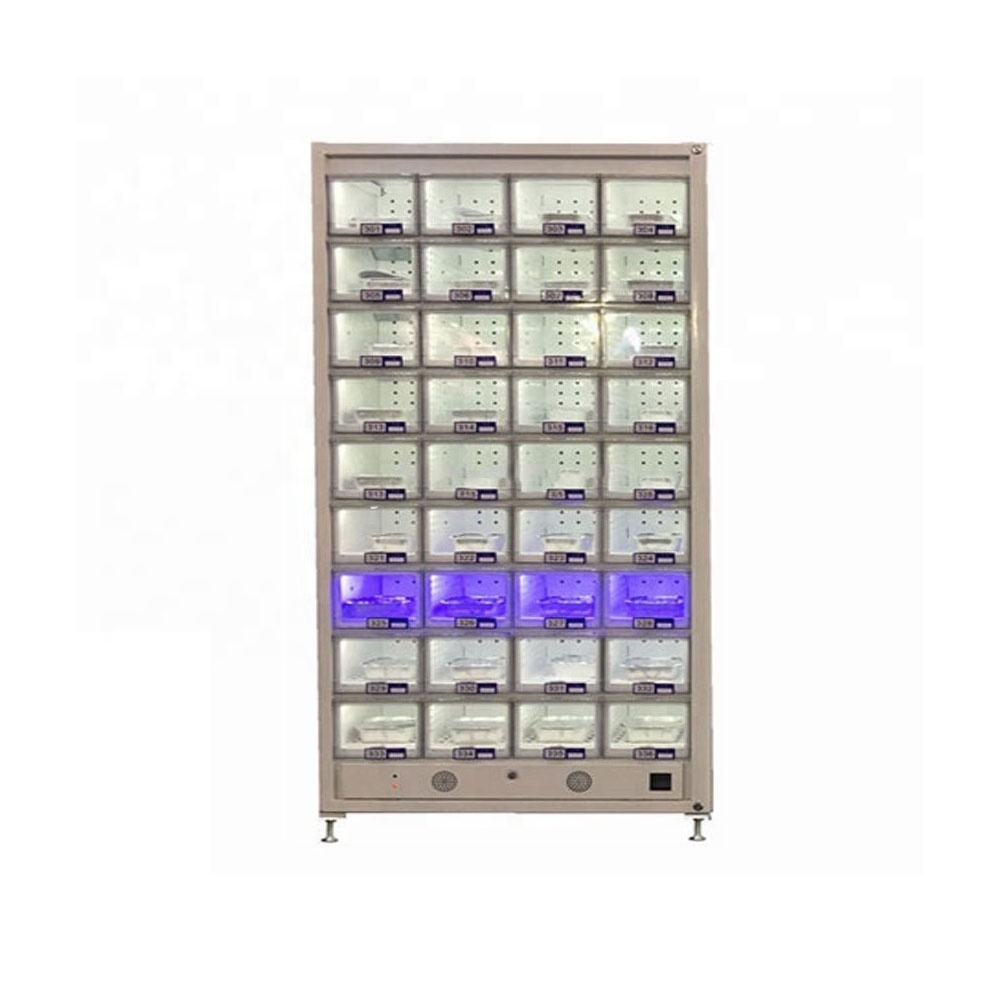 Locker vending machine with heating system for hot food