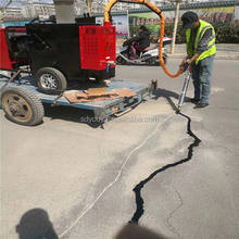 asphalt road crack sealing repair machine