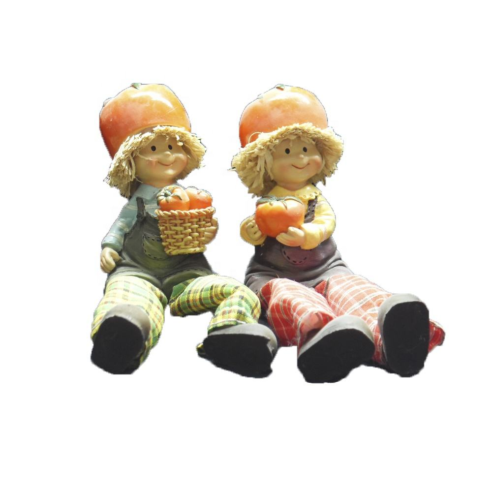 Polyresin Decoration With Clothes Scarecrow For Thanksgiving Gifts