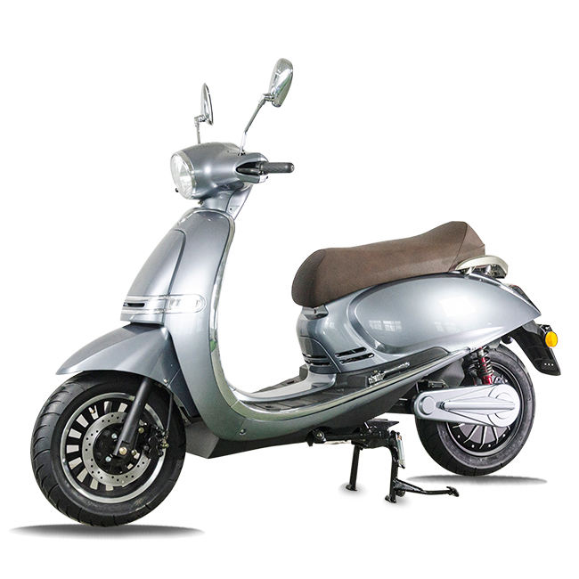 China factory 3kw cheap and fastest street legal retro electric scooter for sale with removable li-ion battery
