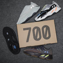 Original High Quality Yeezy 700 V2 Style Reflective Shoes Men Women Running Sneakers Sports Shoes