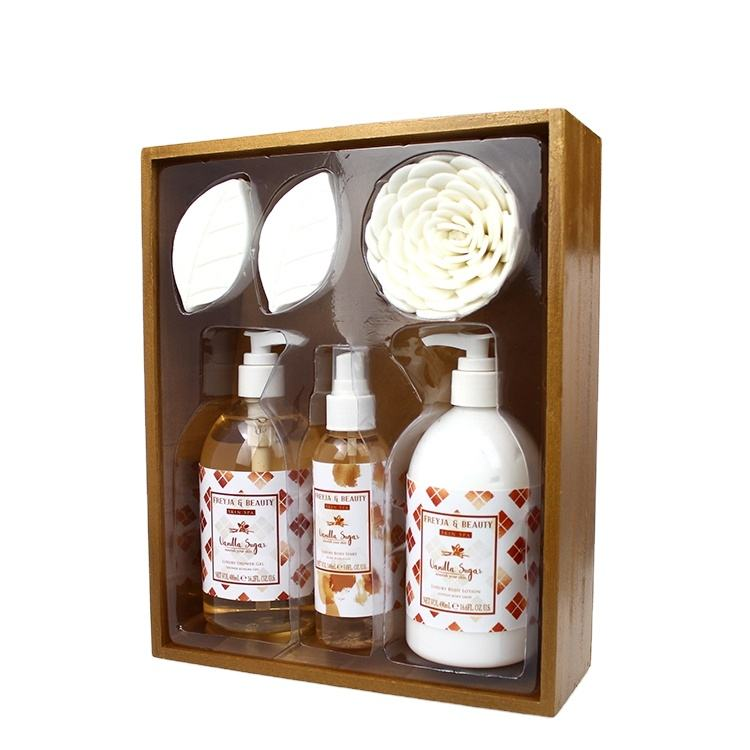 Bath Set Suppliers Fragrant Body Lotion Bath Bomb Body Mist Wooden Box Bath Set For Gift