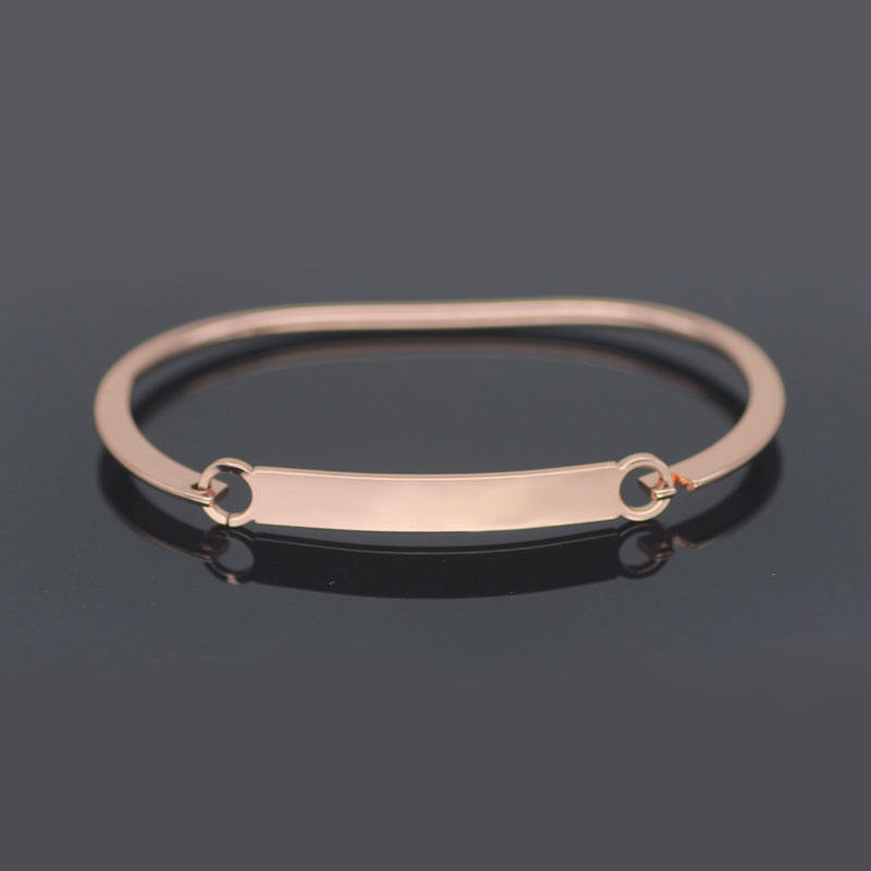 Welcome Dropshipping Fashion 2019 Simple Metal Jewelry Custom Logo Bracelet YP4220