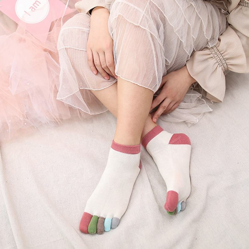 Women's Colorful Cotton Low Cute Ankle Five-finger Toe Socks