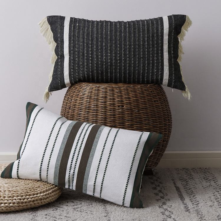 New launching blank and white machine woven cotton sofa decorative cushion pillow cover