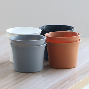 wholesale manufacture customize indoor and outdoor plastic plant pot for shopping mall decoration