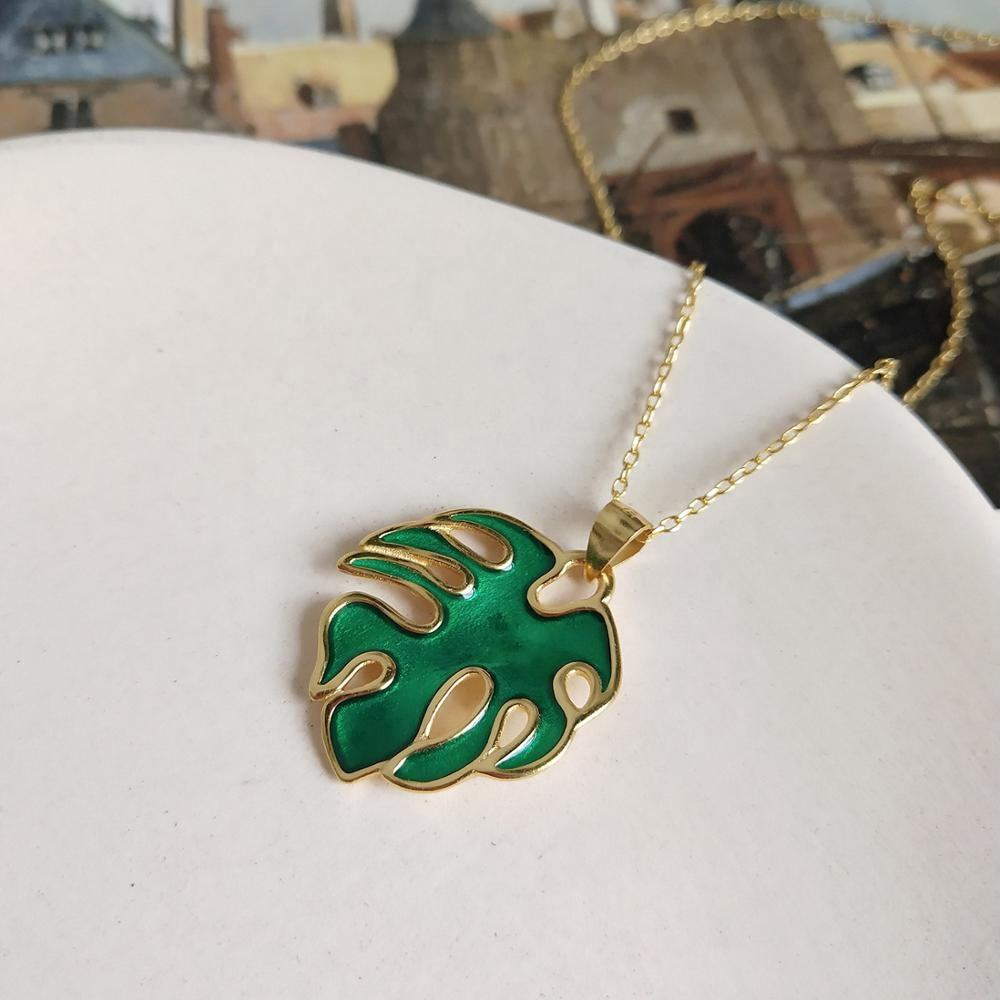 Vocation Gift Tiny Enamel Tropical Monstera Leaf 925 Sterling Silver Necklace