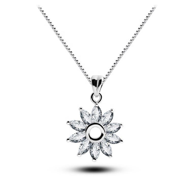 QIANZUYIN Wholesale Fashion Custom Designed Crystal Zircon Sunflower Crystal Necklace For Parties