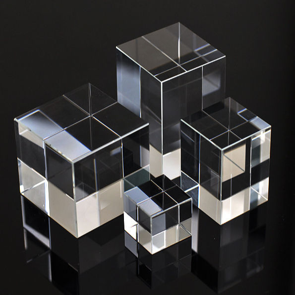 custom laser engraving wholesale 3d laser crystal cube paperweight 3d photo crystal cube