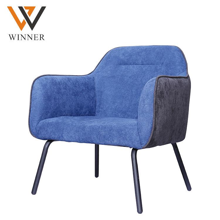 Haute <span class=keywords><strong>qualité</strong></span> salle à manger <span class=keywords><strong>chaises</strong></span> bleu tissu rembourré siège coussin bras dinant la chaise