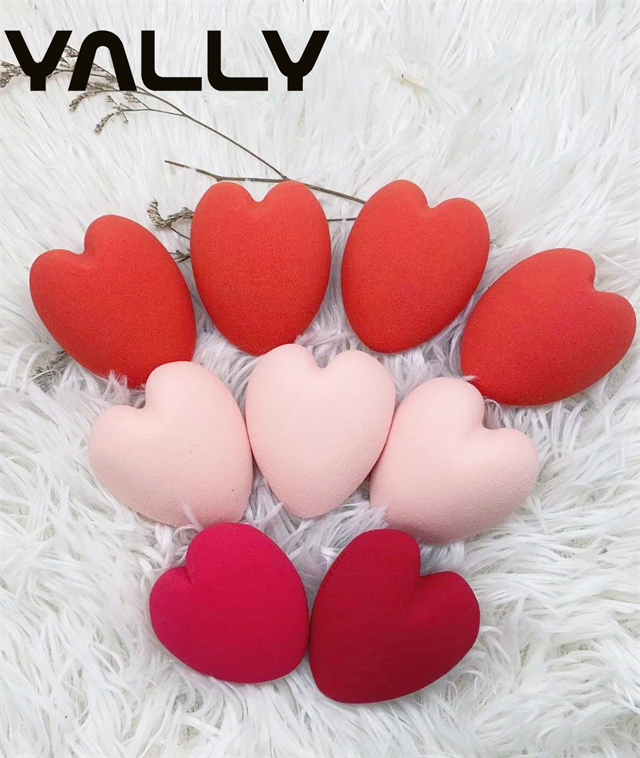 Private label case cosmetic beauty accessories soft latex free mini big size red pink heart shape makeup set blender sponge