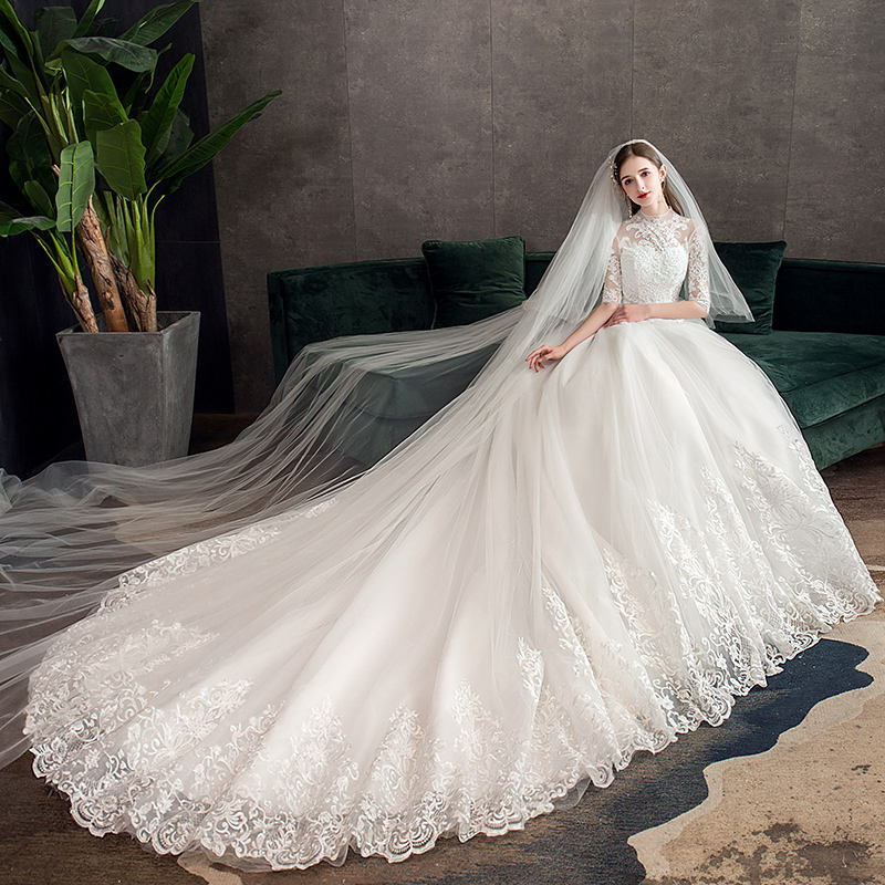 2019 Wholesale Elegant Fashion Wedding Dress With Super Material and Workmanship Long Tail Floor Style Custom size
