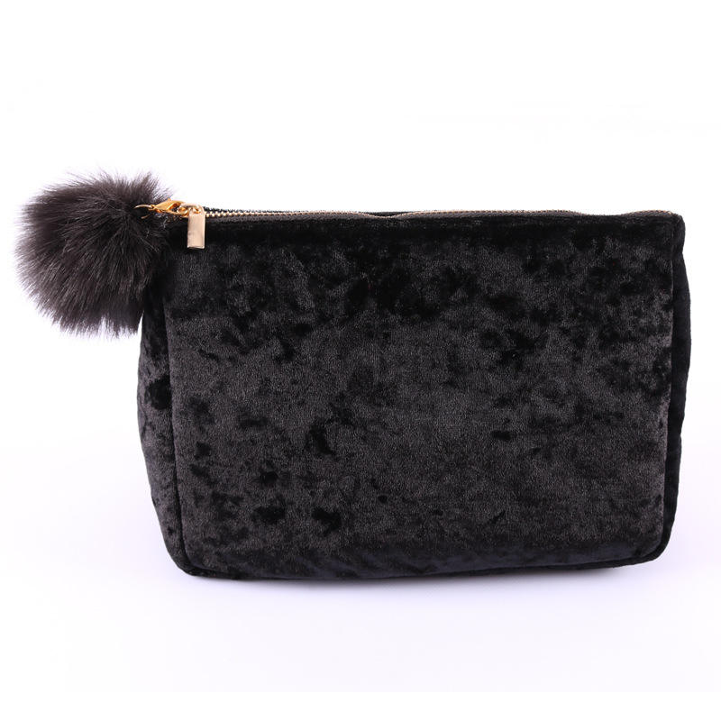 Fashion Customized Zipper Pouch Cosmetic Bag Factory Direct Sale Elegant Velvet Cosmetic Make Up Pouch