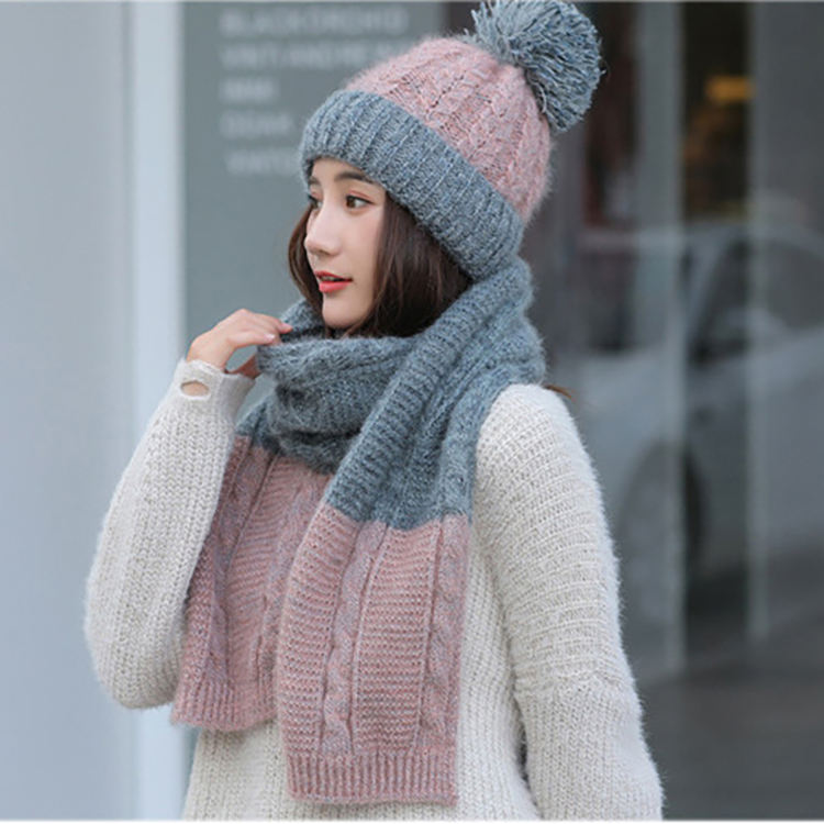 Wholesale Fashion Winter Girls Ladies Soft Knitted Outdoor Pom Hat And Infinity Scarf Set For Women
