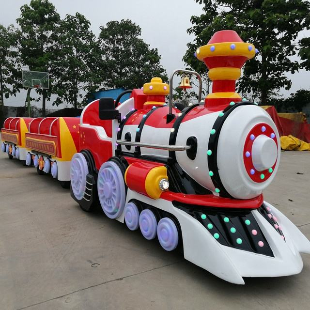 Amusement park or shopping mall famous game electric trackless train small amusement park trains