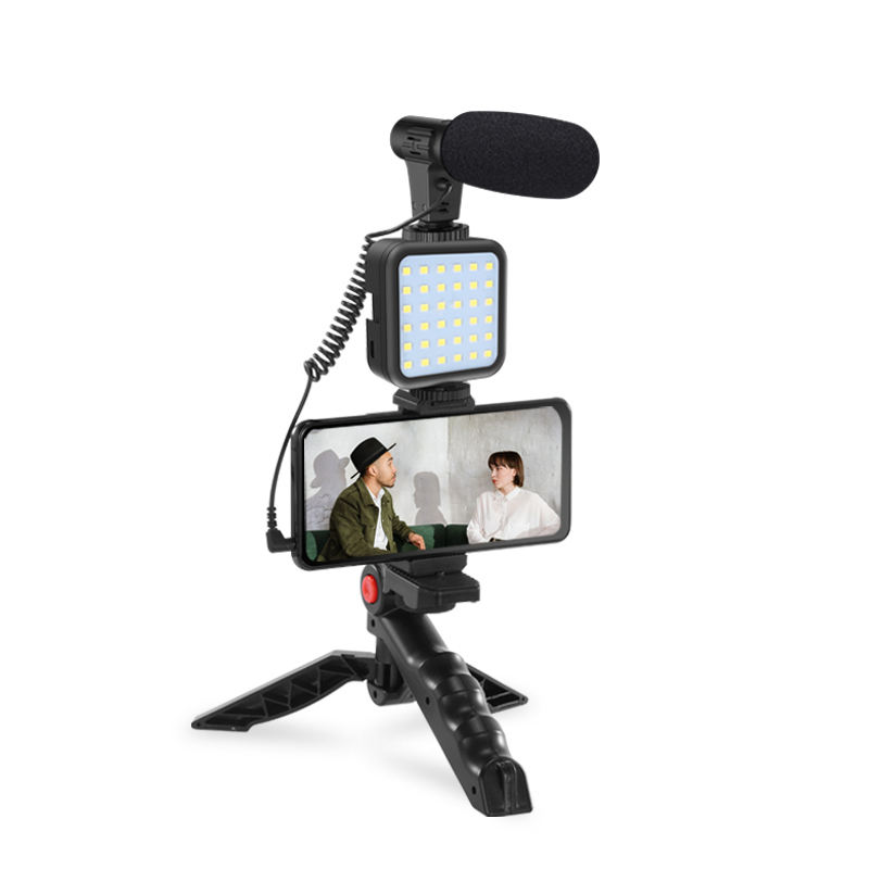 Jumpflash 4 in 1 Vlogging Trasmissione in Diretta Smartphone Video <span class=keywords><strong>Rig</strong></span> + HA CONDOTTO LA Luce Kit con Microfono + Treppiede